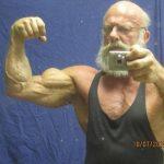 Súlyzós edzés idősebb korban – ezért fontos