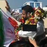 Nemzeti hősként, a vállukon vitték Hadi Choopant, a Mr. Olympia 4. helyezettjét