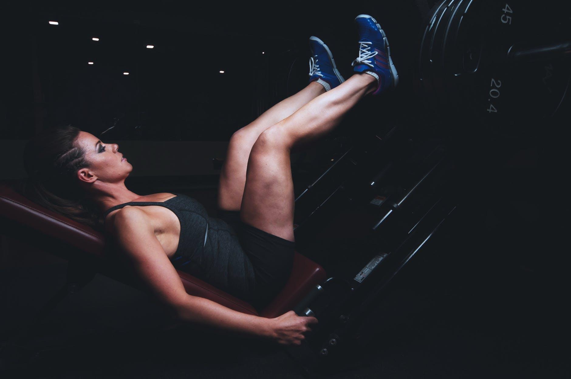 Edzés, testépítés, lábtolás