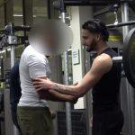 Ti hogyan reagálnátok, ha egy ilyen barom szórakozna veletek edzés közben?